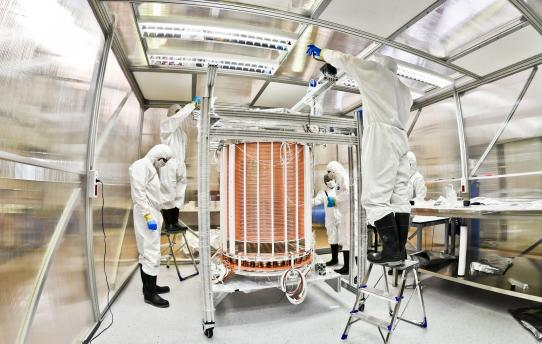 Scientists assemble the XENON1T dark matter detector in the Gran Sasso Underground Laboratory in Italy. UChicago physicist Luca Grandi and his research group played a key role in preparing and assembling the xenon detector.  Courtesy of XENON1T Collaboration